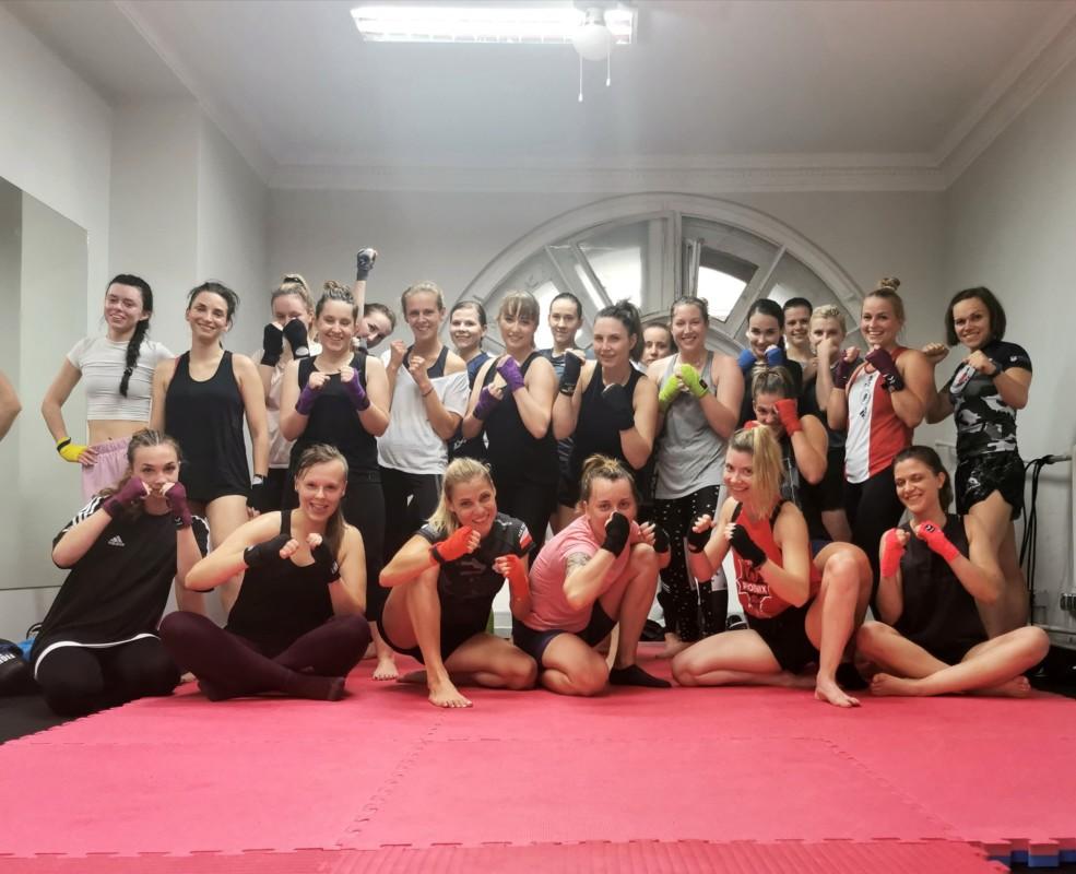 kickboxing dla kobiet w warszawie
